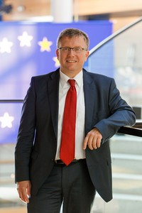 MEP Joachim SCHUSTER in the Strasbourg building